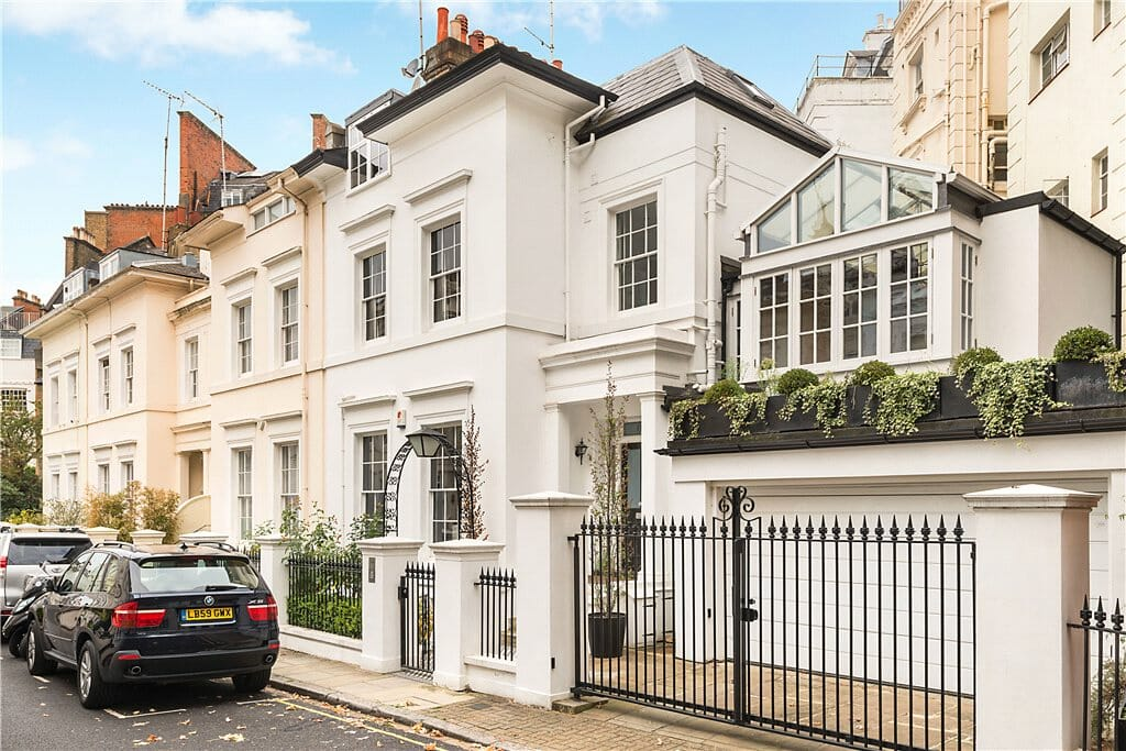 Moving To Kensington: A Useful Guide - Storing.com