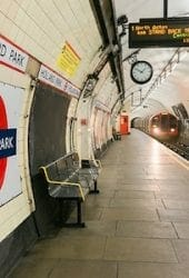 Holland-Park-tube-station