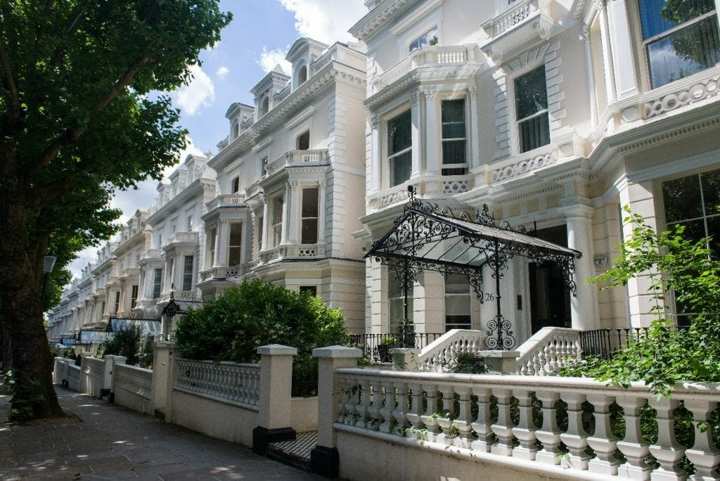Houses in Holland-Park London