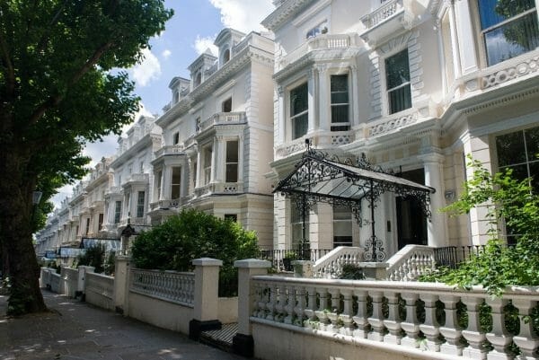 Moving To Holland Park A Useful Guide Storing Com
