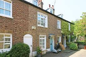 moving to wimbledon - a small cottage